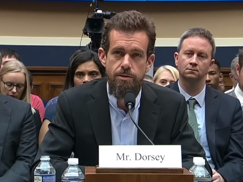 Does Twitter CEO Jack Dorsey owe America an apology?